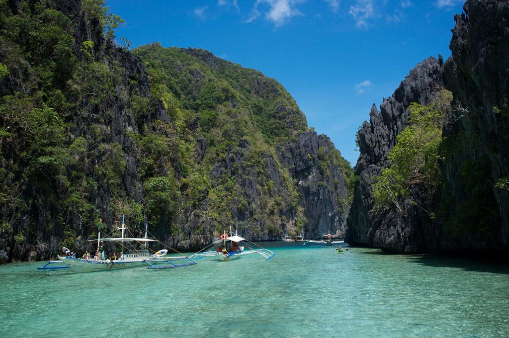 El Nido boat tour to the Big lagoon