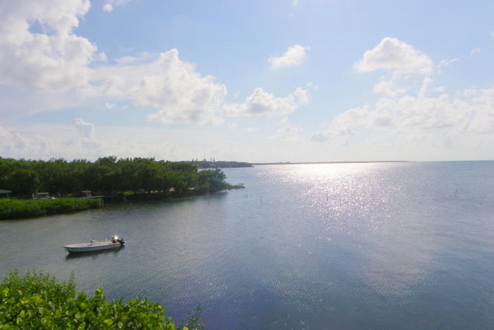 Bayfront Townhouse for Sale in Islamorada