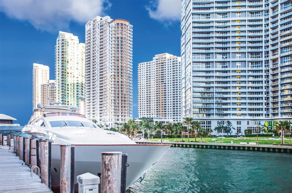 Dock of the Edge on Brickell direct access to the ocean