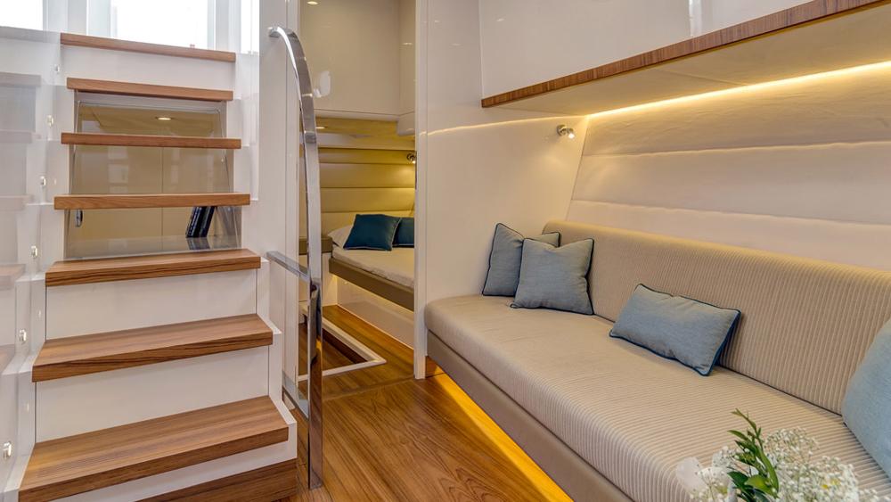 55 Alen Yacht lower deck