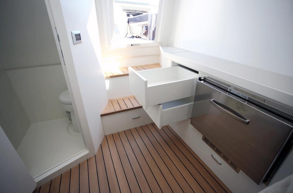 Maori Yacht 50 open cruiser interior
