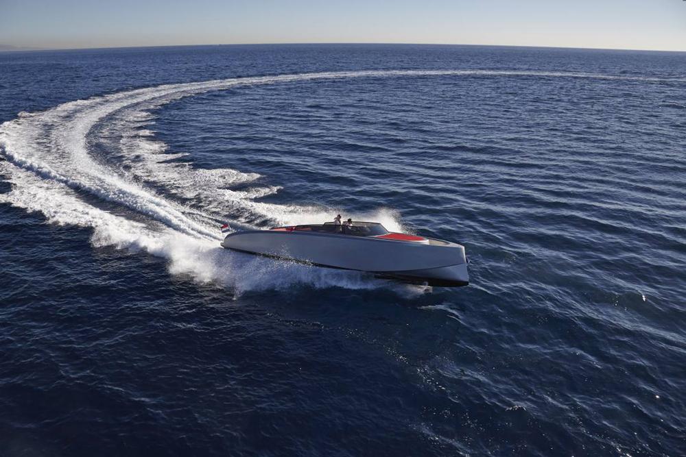 Vanquish 43 all-aluminum performance yacht