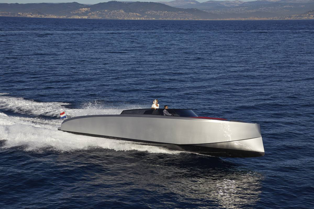 Vanquish 43 high-end performance yacht