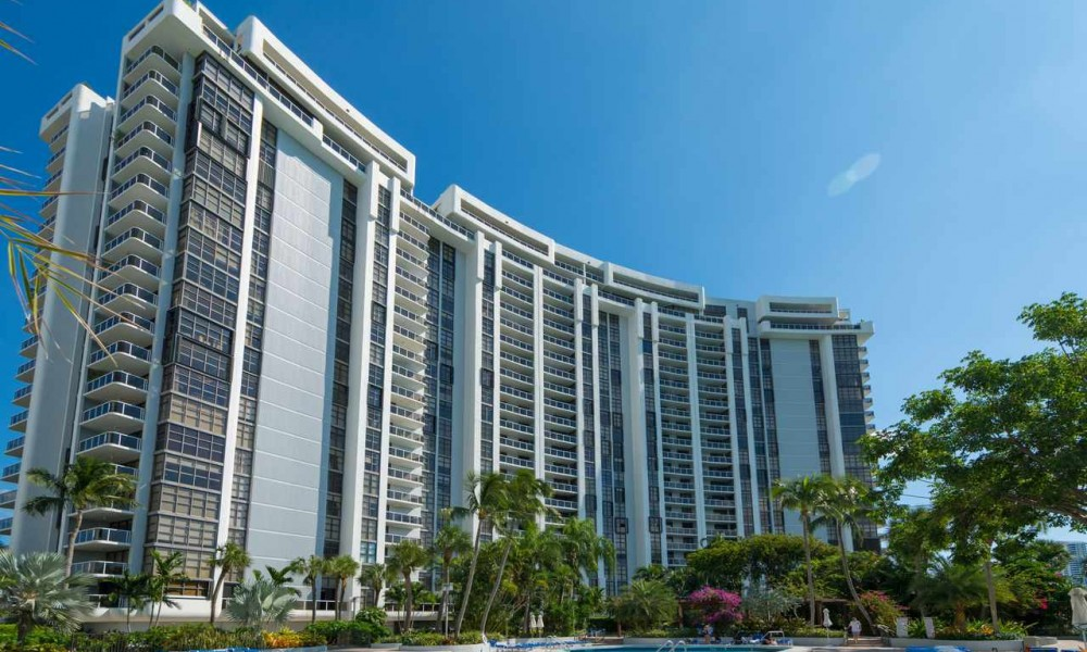 Nine Island Ave condo for rent in South Beach