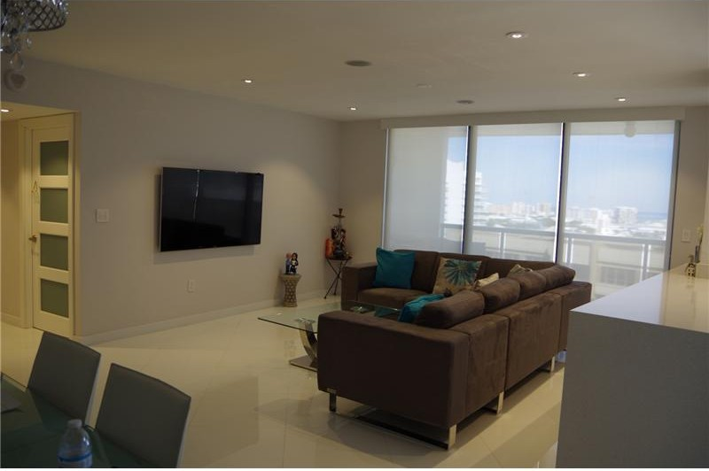Must see Miami rental condo