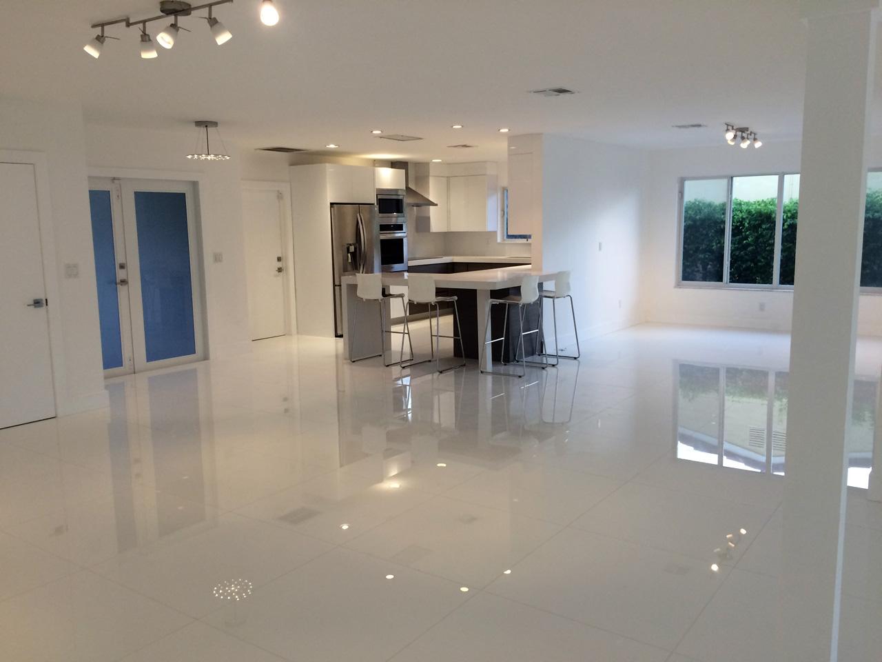 waterfront Villa for sale in Miami