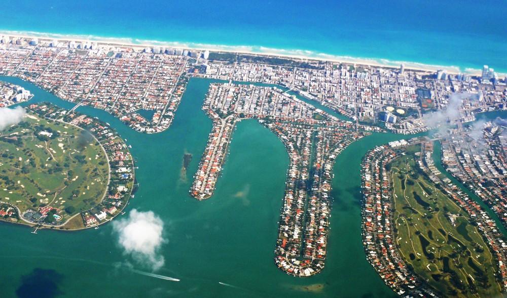 Waterfront Homes Biscayne Point & Stillwater (Miami)