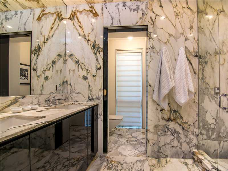 Marble Master Bath home for sale. To learn more about Waterfront Homes Biscayne Point & Stillwater call 954.557.5974